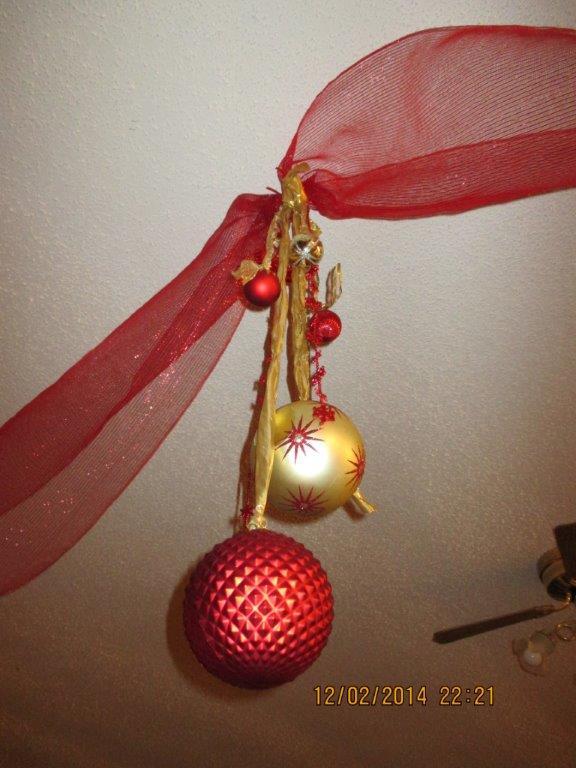 Hanging balls PL