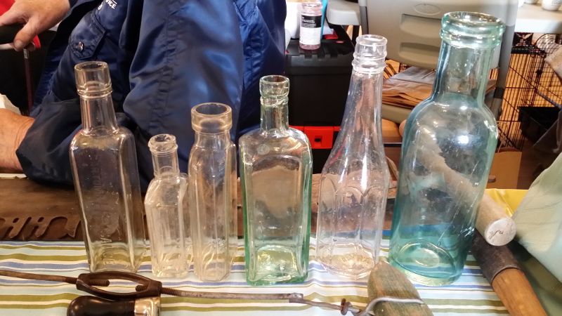 Glass bottles - Gene vendor 2014